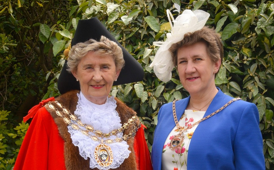 Mayor and Mayoress 2